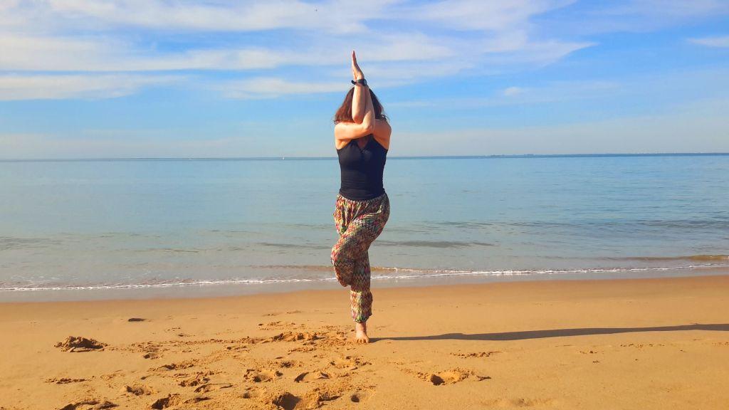 hatha yoga posture garudasana - 3