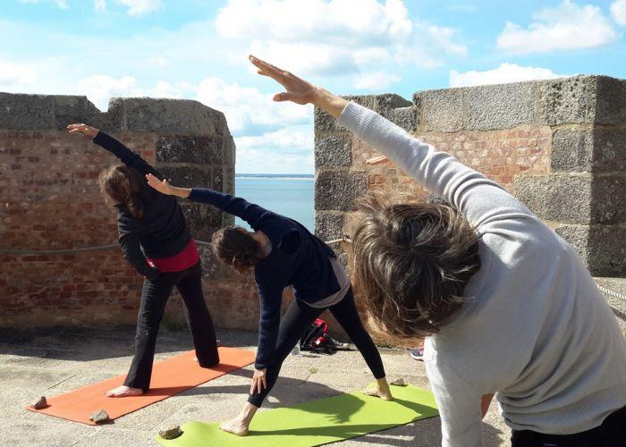 stage yoga tour Hougue Nord Cotentin 2017 - 1
